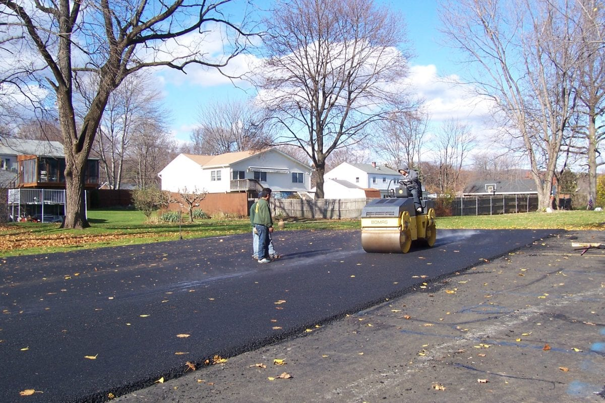 Driveways: Replace or Resurface? - Scaffidis Paving And ...